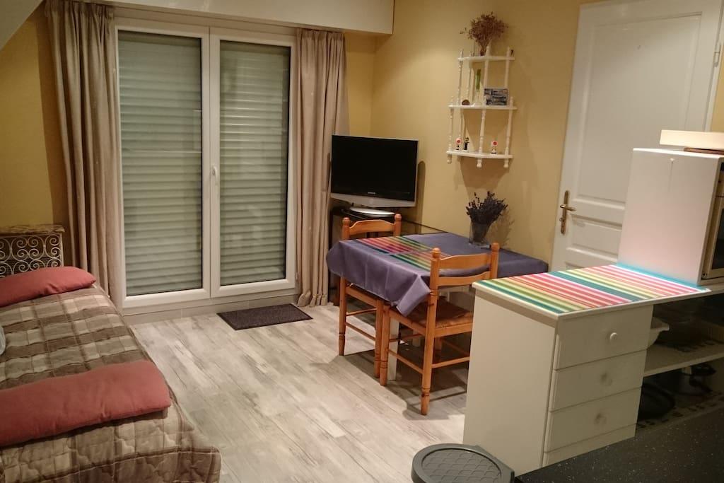 Cabourg appartement 1 chambre 150m de la plage for Chambre hote cabourg