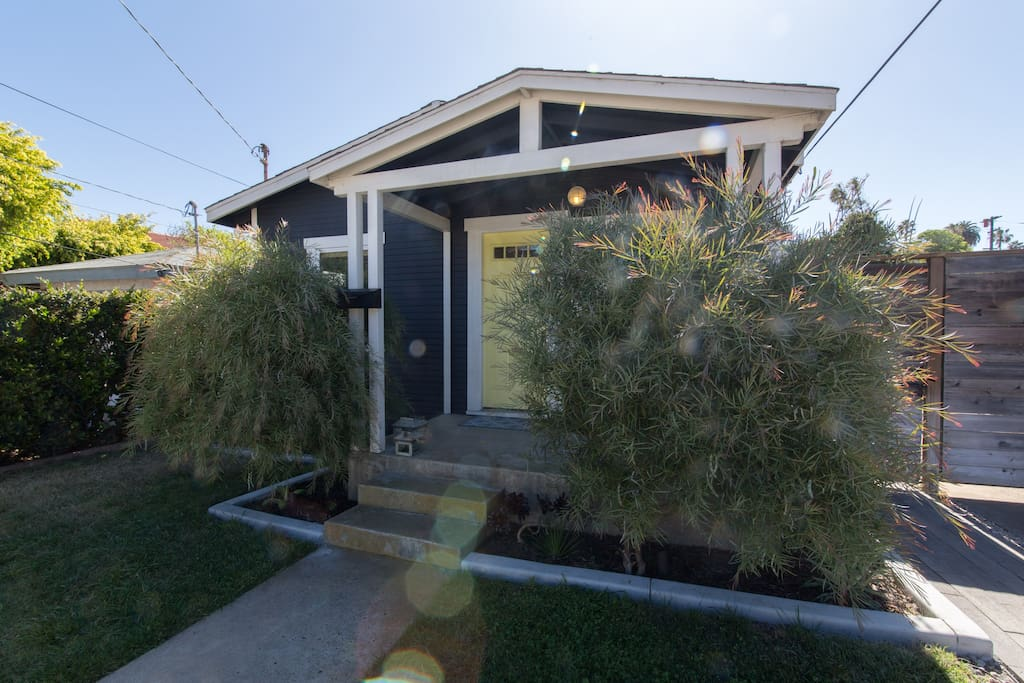 Quaint Ocean Beach bungalow with all the updates in the best part of the best town in San Diego, Ocean Beach!