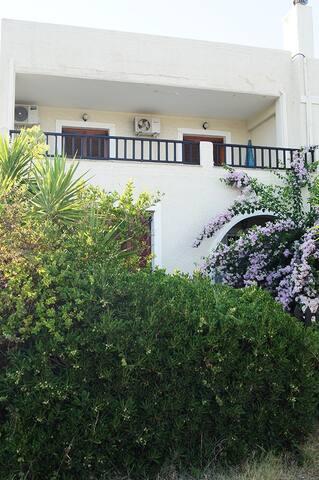Beautiful villa @ Eretria