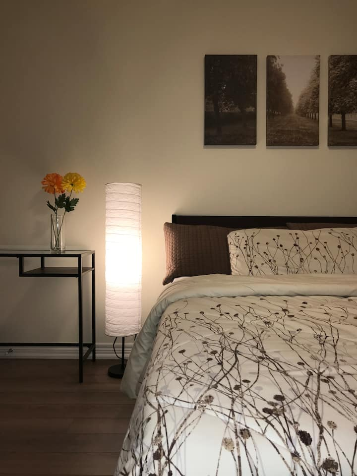 Private Bedroom In A Brand New Home A