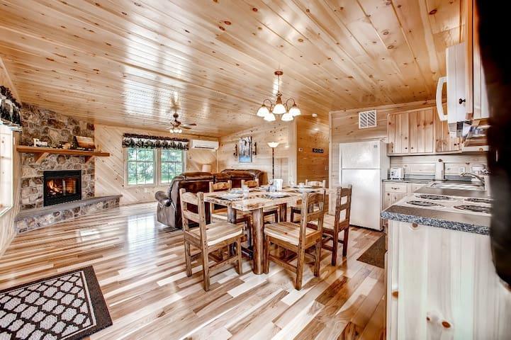 Newly Built 3BR Benezette Cabin - Benezette - Cabana