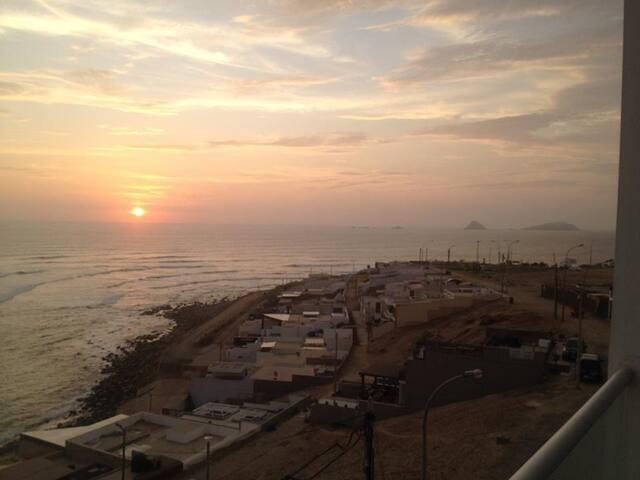 Punta Hermosa Surf points, depa de 3 pisos - Distrito de Lima - Condominio