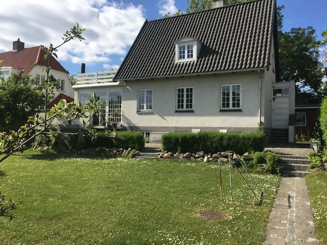 Cosy villa in a green area close to Cph. city