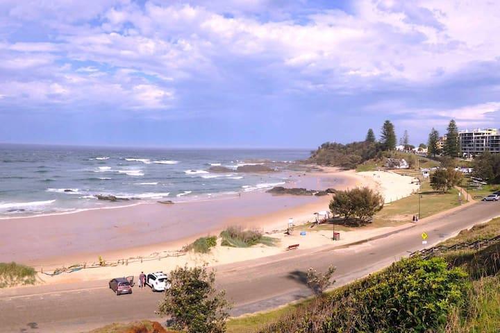 Walk to Town Centre, Beach, River & Cafes - Port Macquarie - Byt