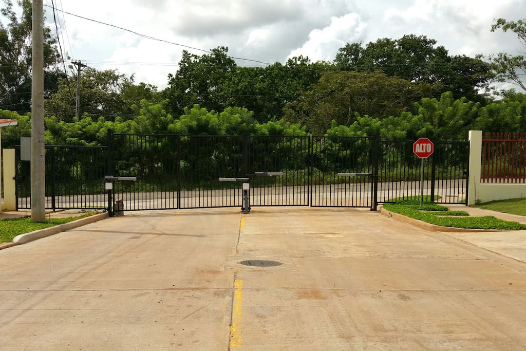 Security guard and gated community