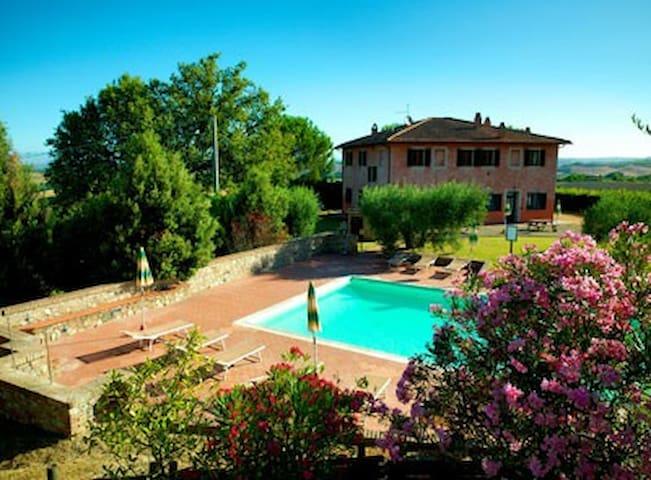 Casale Boscone - Apt. Boscone n.6 - Gambassi Terme - Lägenhet