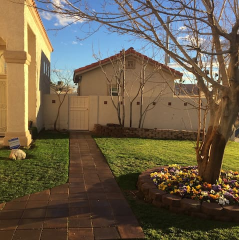Beautiful Guest-House Casita w/bath - Las Vegas - Szoba reggelivel