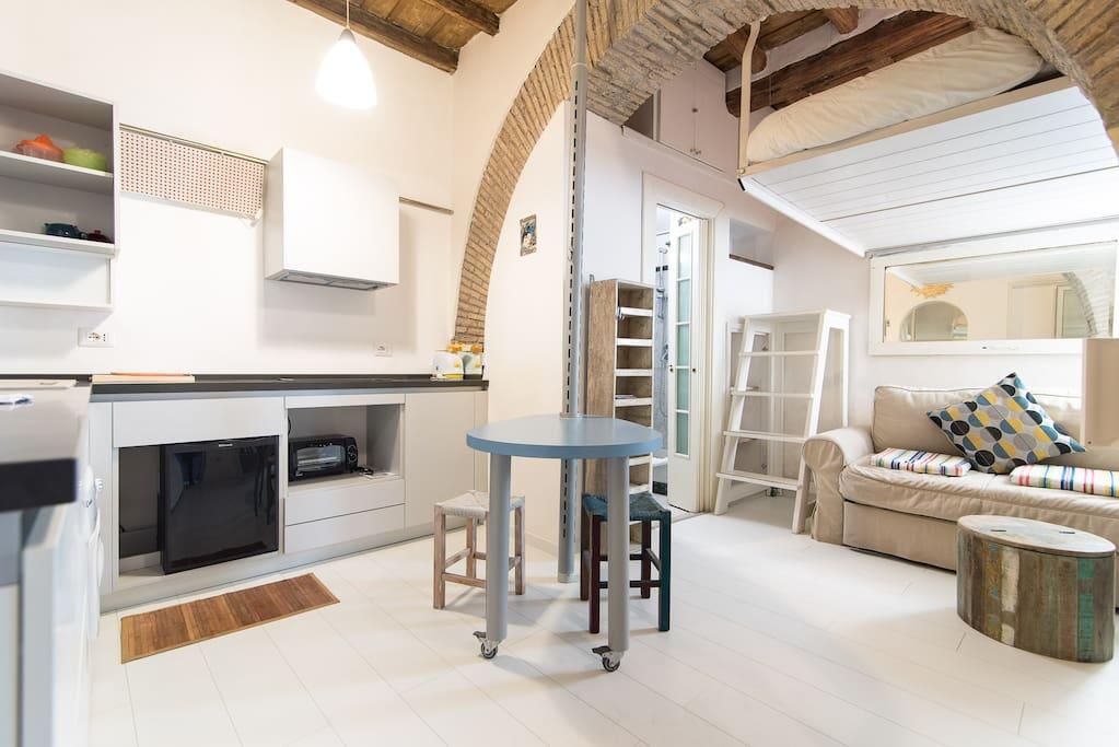Trastevere apartment appartamenti in affitto a roma for Affitto uffici roma trastevere