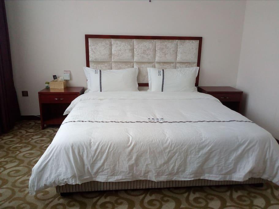 品牌床垫  品牌布草
