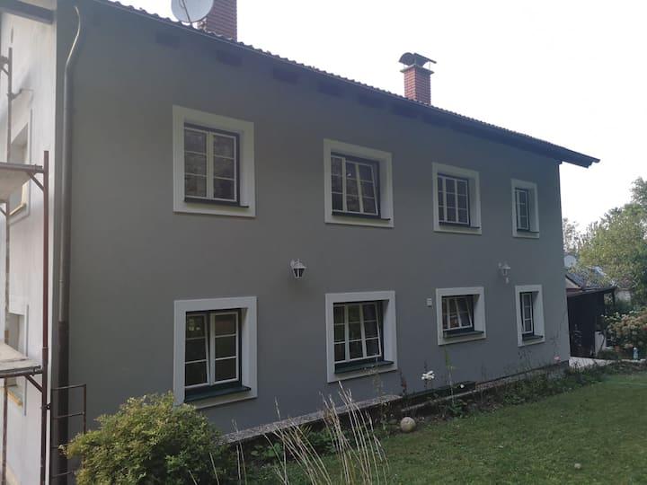 Cozy home close to Kreuttal and Korneuburg