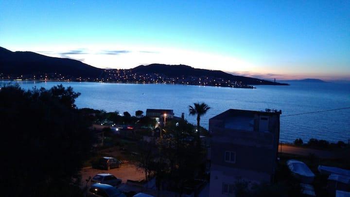 Panoramik deniz manzaralı / Panoramic sea view