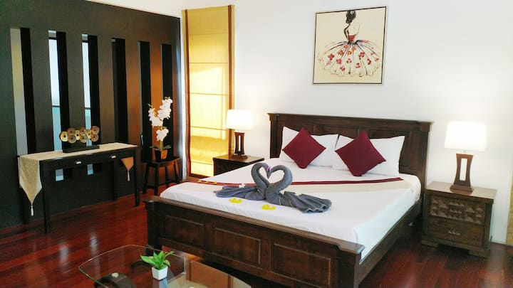 Phuket Town Pool Villa. Two-bedroom Suite for 5