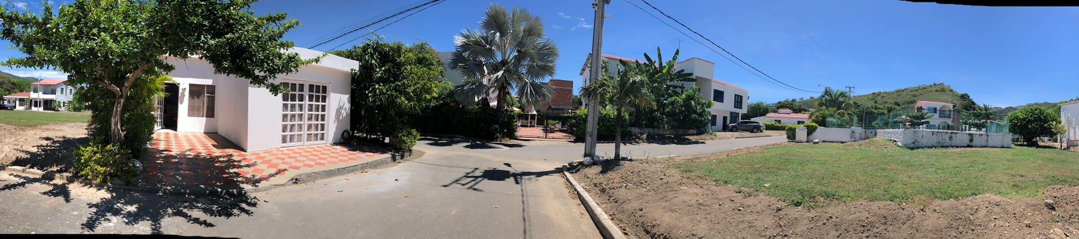 CASA DESCANSO CERCA GIRADOT NARIÑO/CUNDINAMARCA