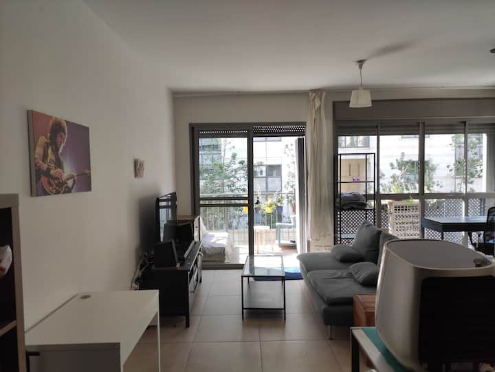 Beautiful quiet apartment in the heart of TLV