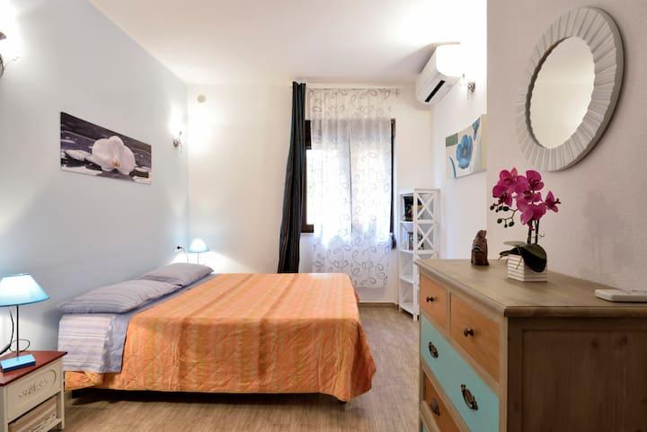 Cartoe apartment con AC, Wi-FI e cortile arredato
