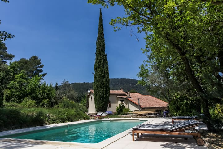 Charming villa in the Provence, exceptional view - Claviers - Casa de camp