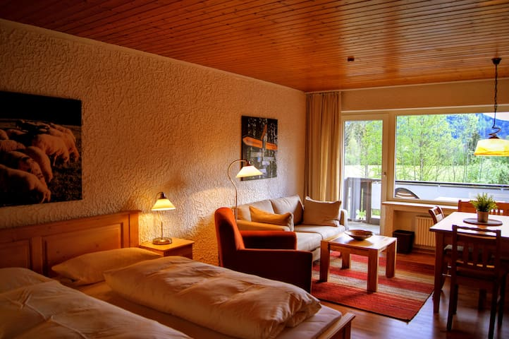 Bavarian Holiday Hideaway #6 - Pfronten - Apartment