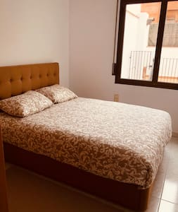 Rooms with terrace in center of La Garriga