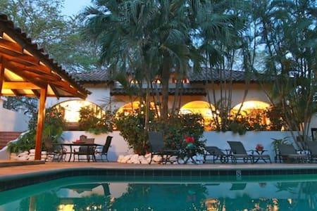 Two Story Villa, Tamarindo - Tamarindo