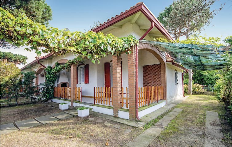 Semi-Detached with 3 bedrooms on 45m² in Lido delle Nazioni FE
