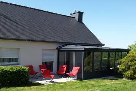 Jolie maison Bretonne à la campagne