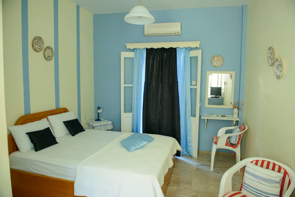 Nice double studio with king size bed and brand newly high quality mattress for sweet sleep.