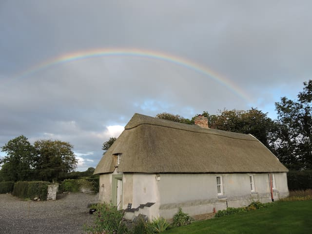 Private Thatched cottage - Knocklong - Ev
