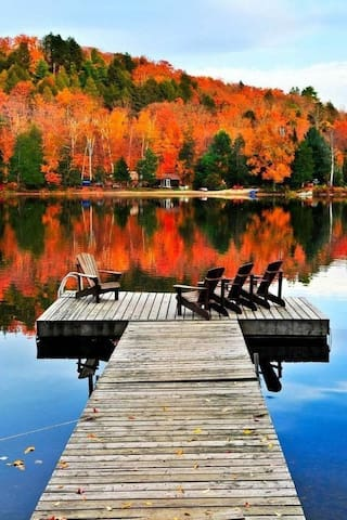 Leaf peeping, hiking, fishing, or just relaxing on the dock