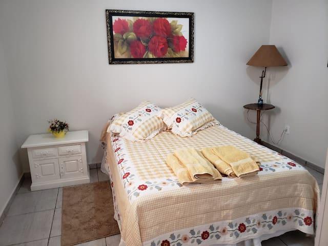 Casa Vila Cláudia #2 - 2 pessoas (Assis-SP)