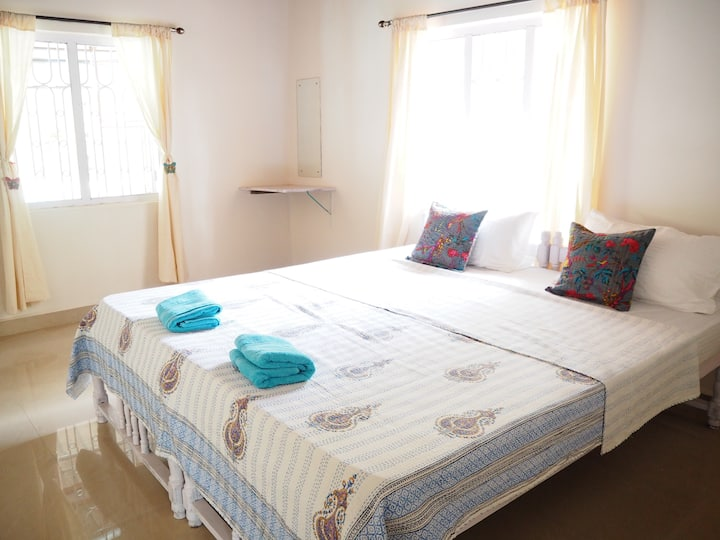 Nimi Guest House Apartment 'Magenta'