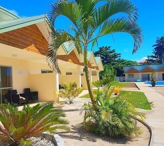 Absolute Beachfront Villa!