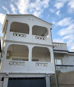 Superbe villa sécurisée idéalement située à Tulear