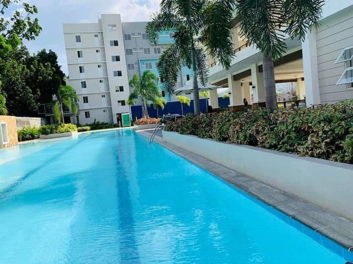 Fully furnished 2Bedroom unit Near S&R shopping