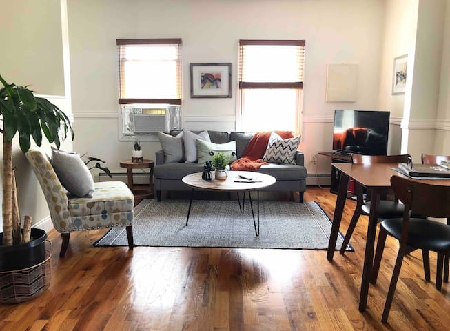 Modern, Stylish & Spacious Brooklyn Oasis