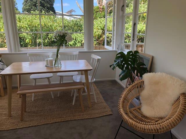 Bright, modernised Otahuhu home