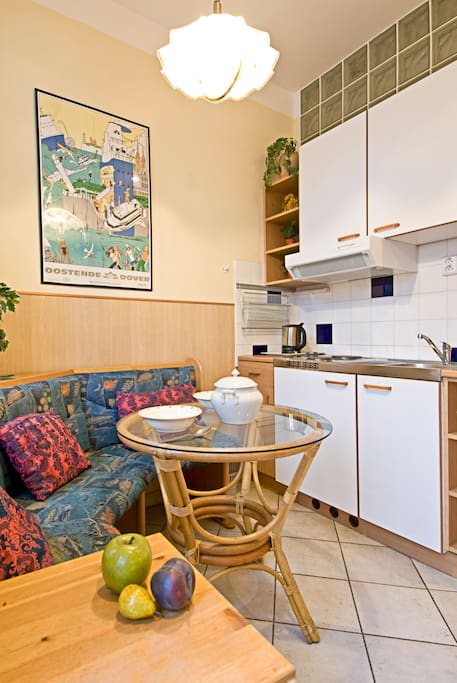 Kitchenette with seating area