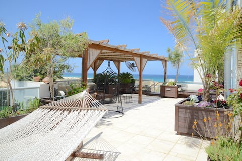 Private Suite on a Luxury terrace with Seaview