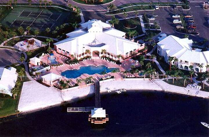 Summer Bay Resort 3BR Suite, SATURDAY Check-In