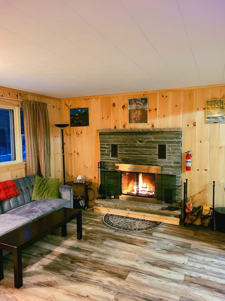 Cozy 2 Bed In The Heart Of The Pocono Mountains