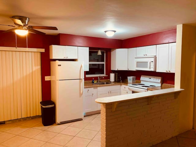 great location near port everglades and airport FL