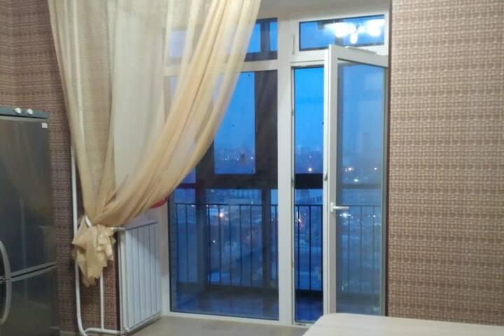 Апартаменты на Авиаторов 21, рядом с МВДЦ Сибирь