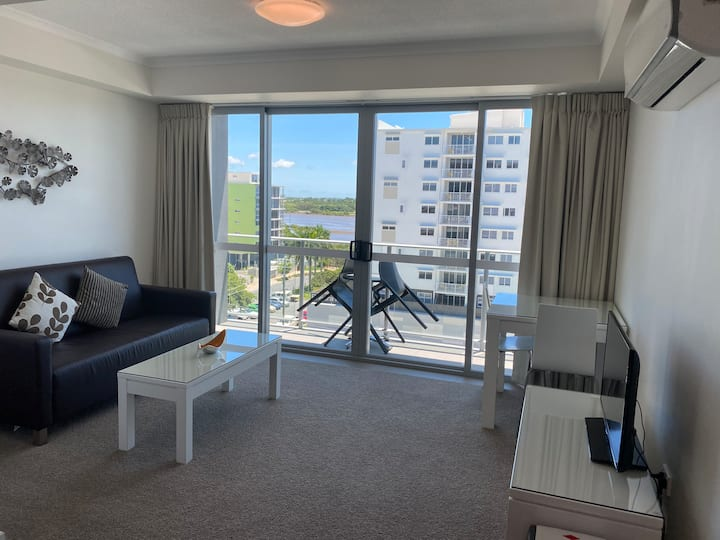 Spectacular 1 Bed Apt in the Heart of Mackay