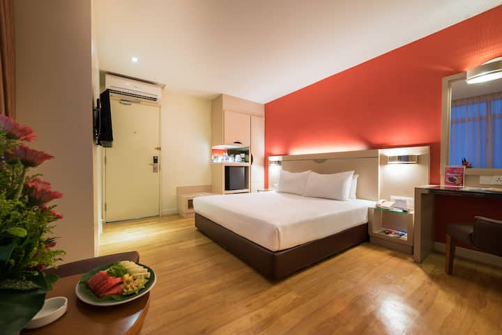 Deluxe Room Only @ Hotel Sentral Georgetown