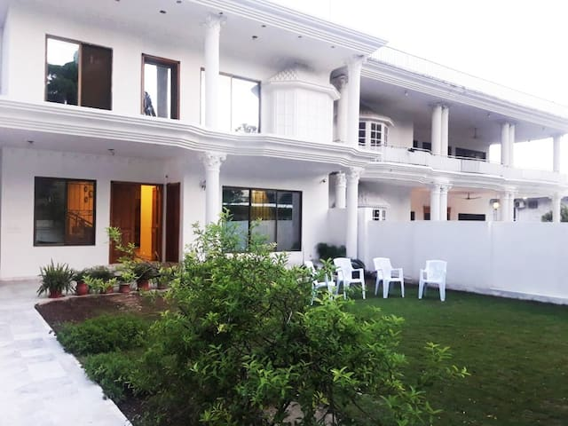 White House Guest House Islamabad