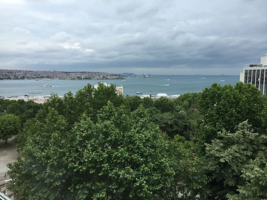 Dolmabahçe palace and on the right side  5 stars hotel Swissotel