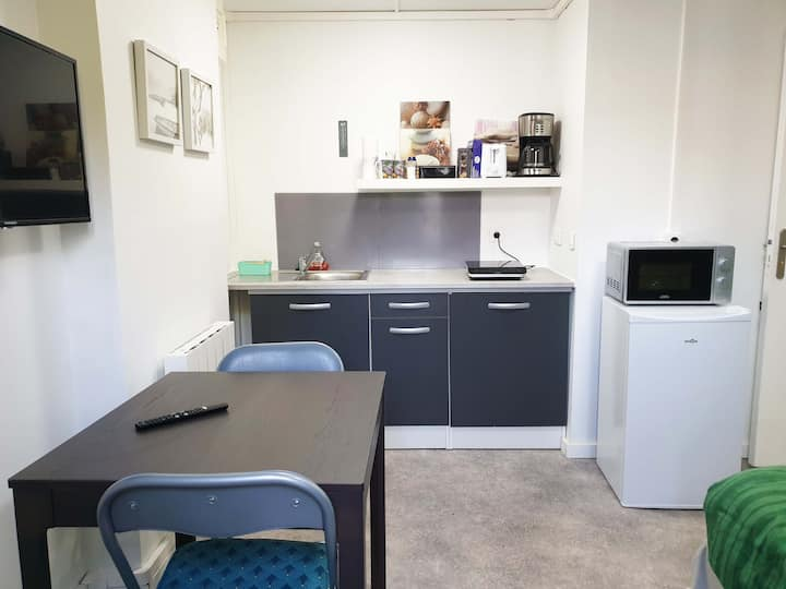 chambre 13 m², kitchenette, 2 pers