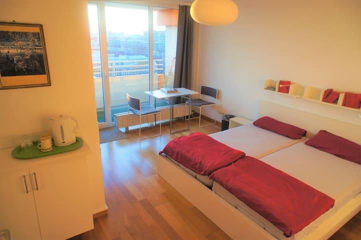 Modernes Privatzimmer in Schwabing