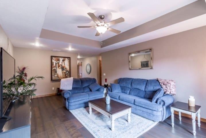 Quiet/Convenient Patio Home on Medical Mile