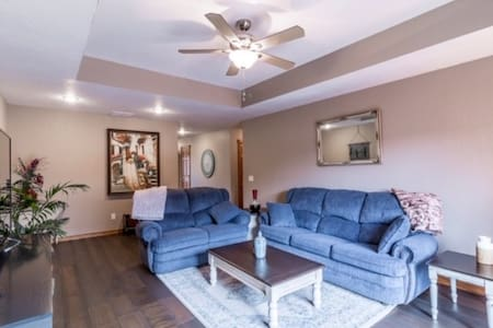 Quiet/Convenient Patio Home on Medical Mile