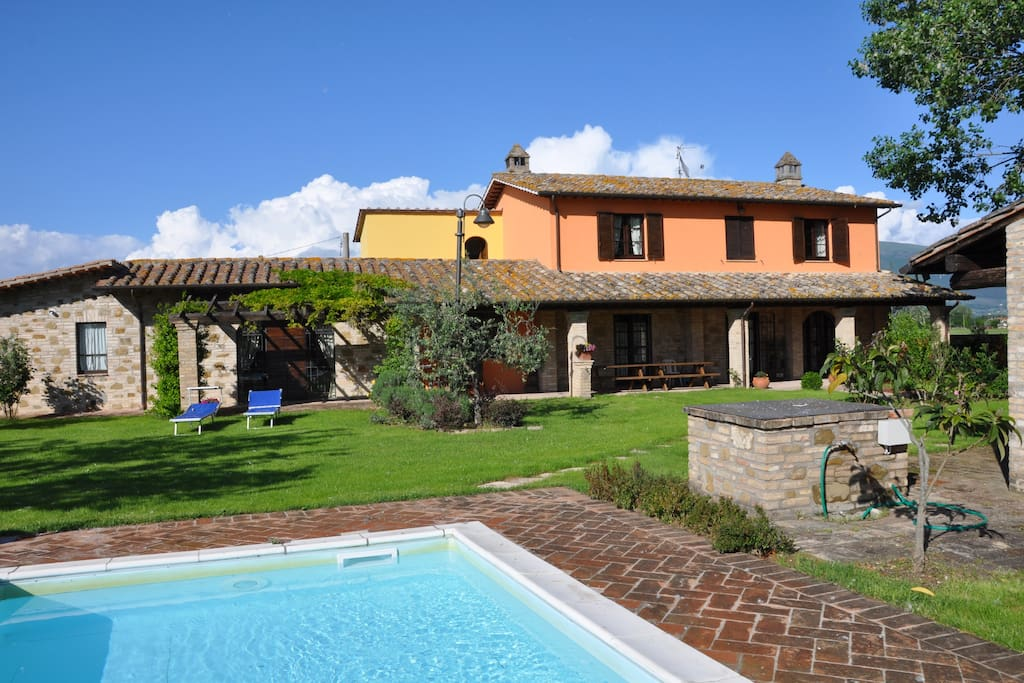 Country House Assisi With Pool Houses For Rent In Assisi